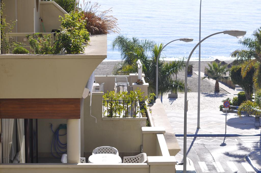 Burriana Beach apartments for rent in nerja self catering ...