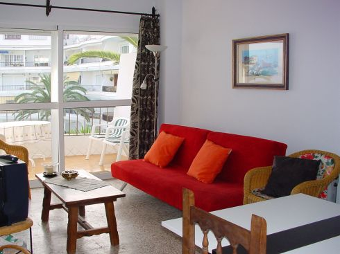NHR345 Acapulco Playa apartment rental Nerja