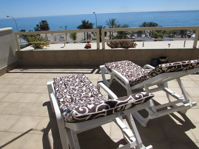 H4HB2 Front line Burriana beach apartment Nerja