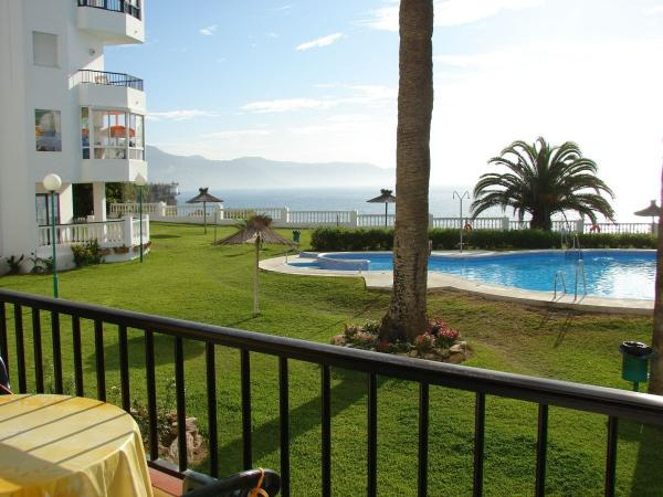 ISPAL14 Nerja apartments for rent  Las Palmeras 14