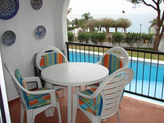 ISVER16 Front line apartment Carabeo Nerja