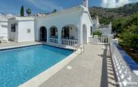 RACS Casa Santani Private pool villa for rent in Nerja