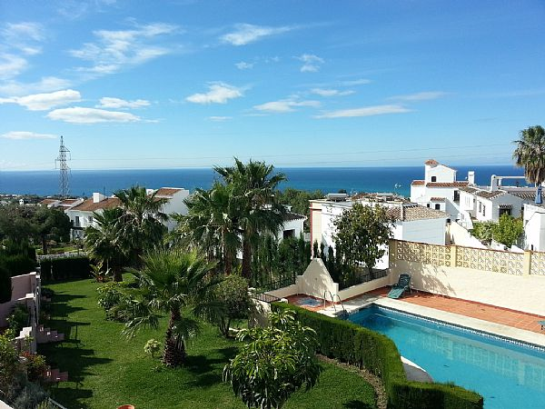 TSR0118 Los Cipreses townhouse for rent in Nerja