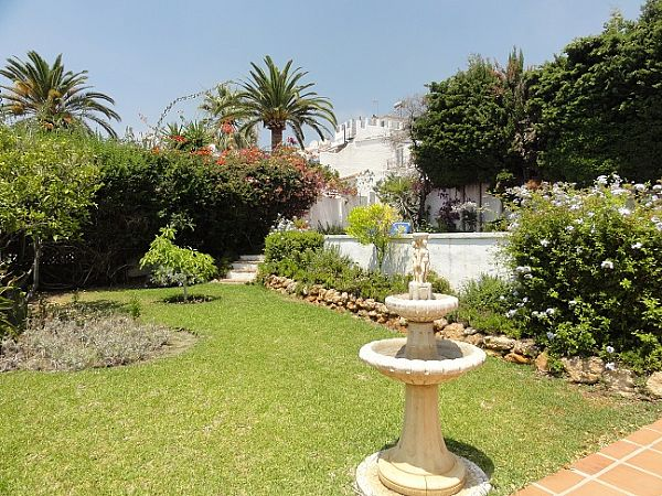 TSR0152 Private villa rental Nerja