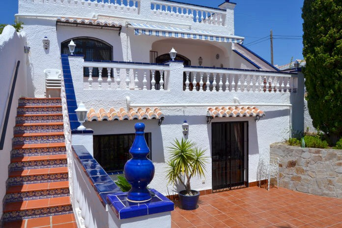 TSR0176 Two bedroom apartment San Juan Nerja