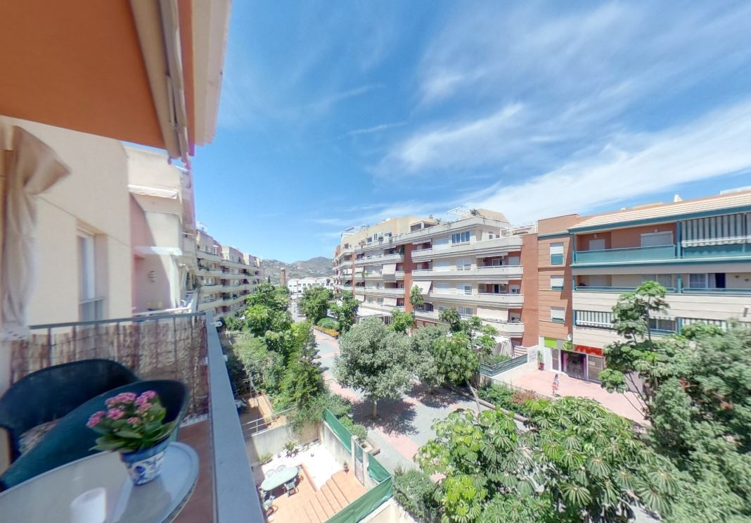 TSR9902 Town centre apartment rental Nerja